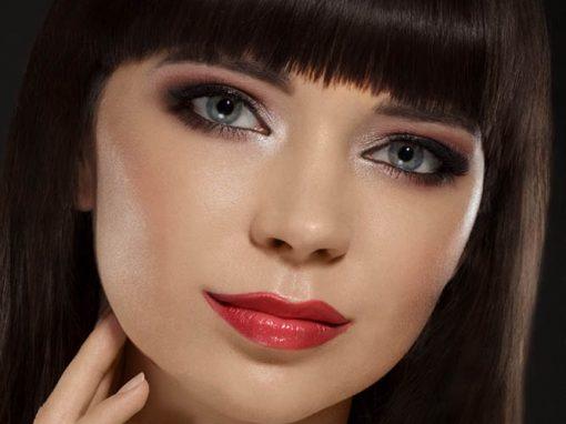 Moja wariacja na temat makijażu smokey eye z czerwonymi ustami ;)